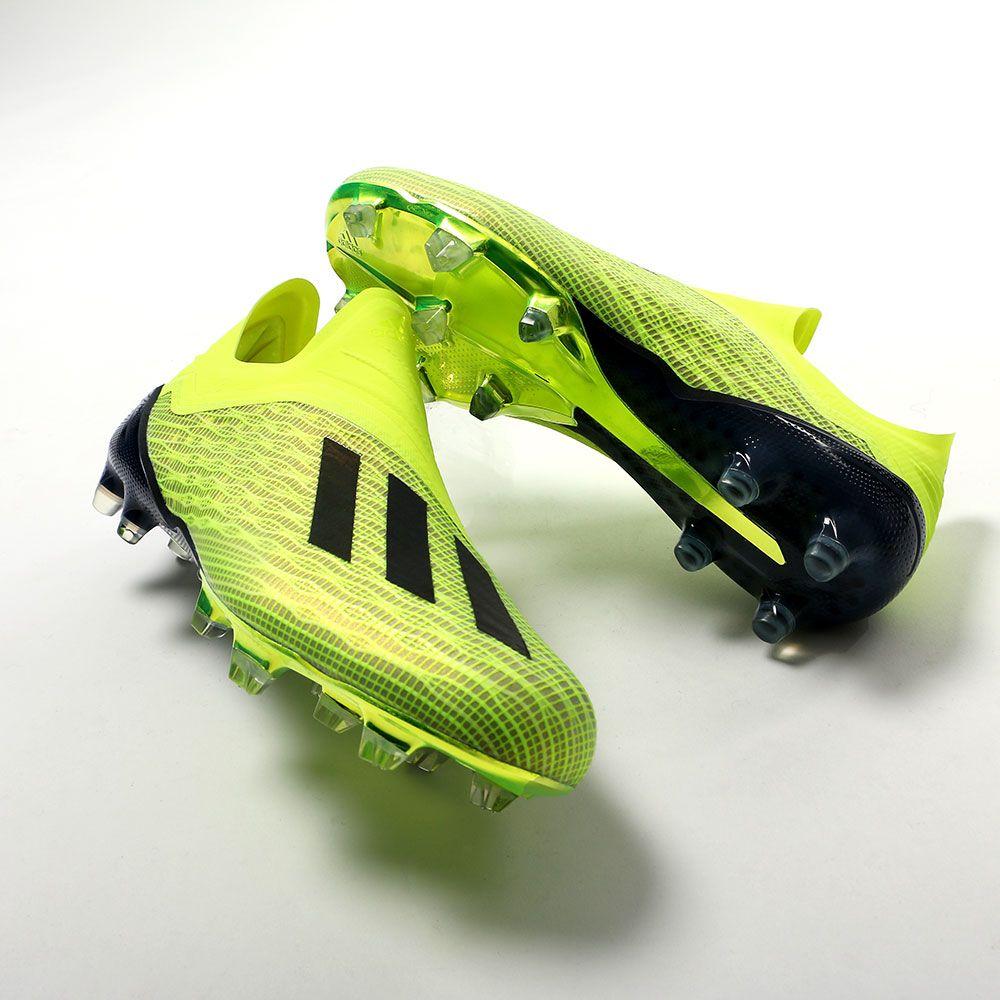 4c763aa9029 Botas de fútbol sin cordones adidas FG para césped natural o artificial de  última generación -