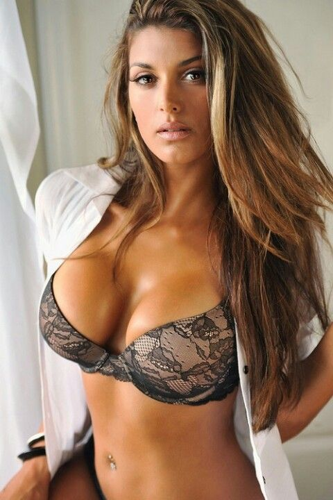 Models lingere boobs out