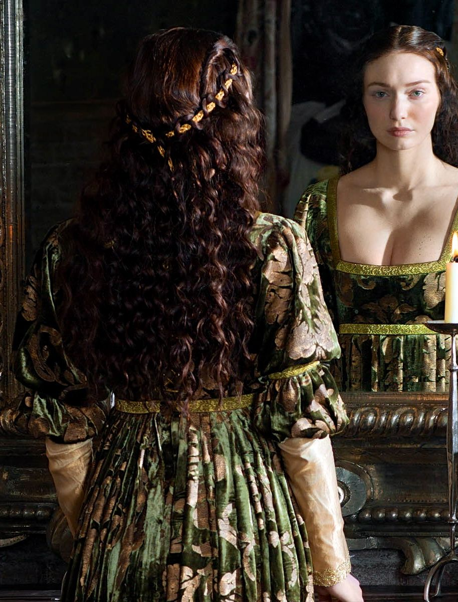 eleanor tomlinson as lady isabel neville in the white queen tv series 2013 the white queen. Black Bedroom Furniture Sets. Home Design Ideas