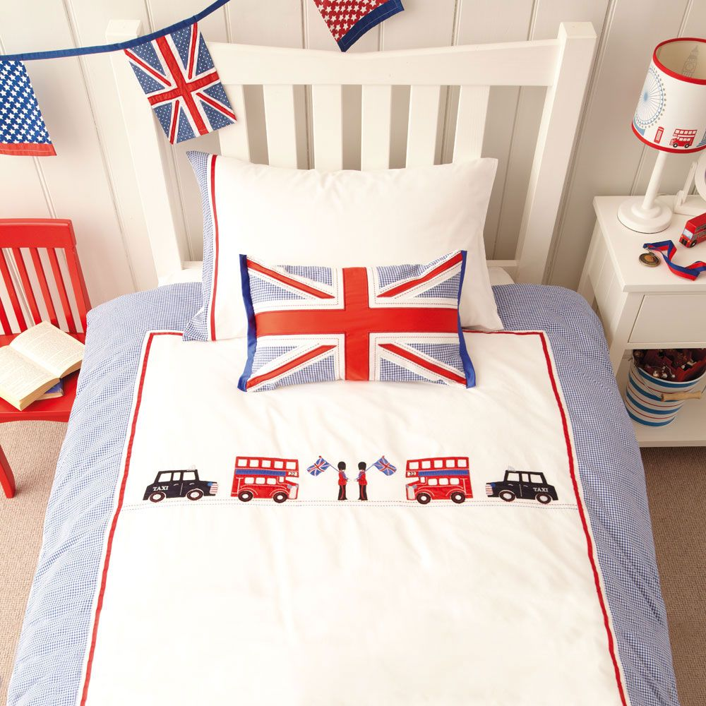 pinelle em on london baby | london bedroom themes, london bedroom, duvet cover sets