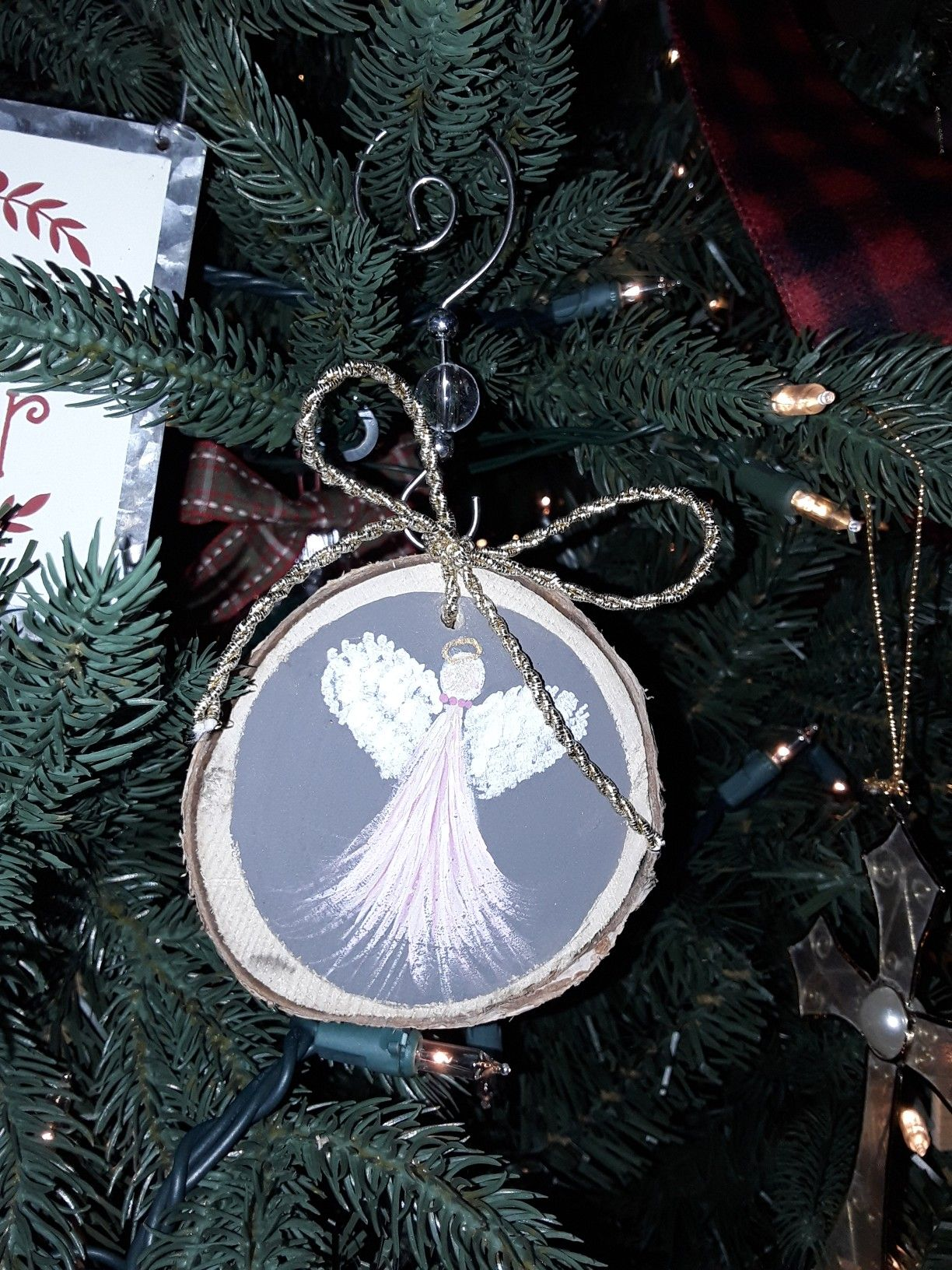 Hand Painted Birch Wood Slice Angel Ornaments Visit Us At Www Facebook Com Southe Christmas Art Projects Christmas Crafts Decorations Wood Christmas Ornaments