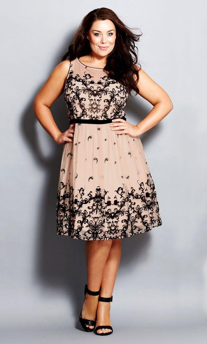 Plus Size Flocked Flirt Dress City Chic Só meu