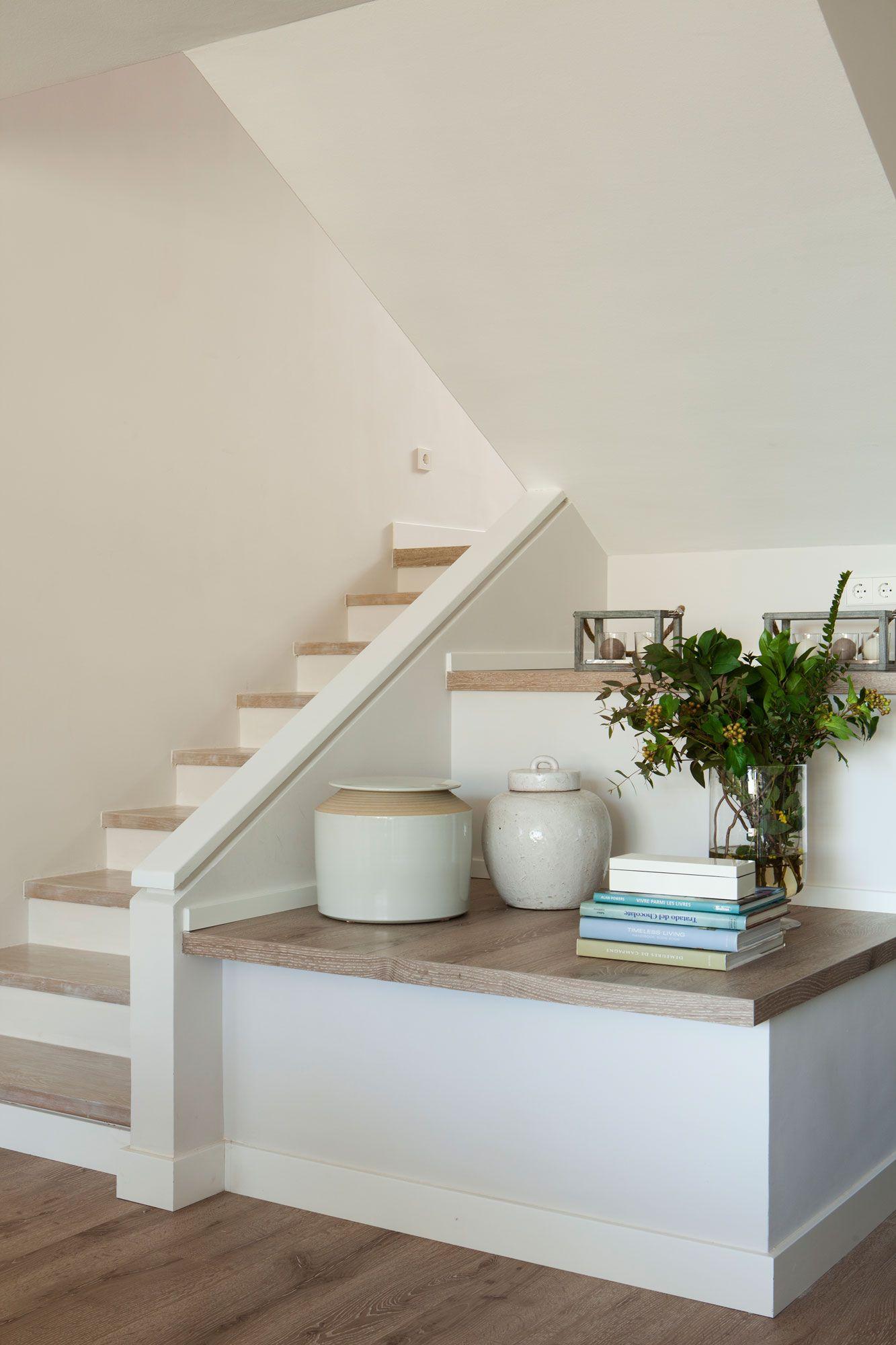 Aprovecha el hueco bajo la escalera escaleras for Hueco bajo escalera