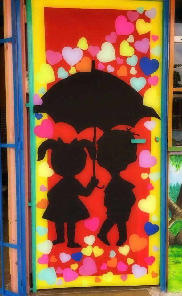 Puerta decorada del mes de febrero door decorations for Decoracion de puertas de salones