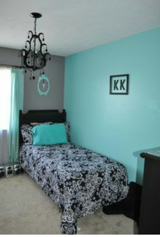 Tiffany Blue And Grey Walls