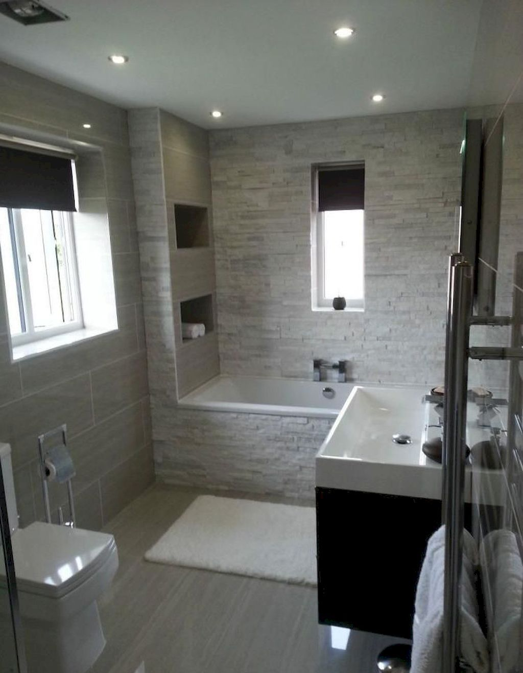Amazing Small Bathrooms In Small Appartment Ideas ... on Amazing Small Bathrooms  id=26701