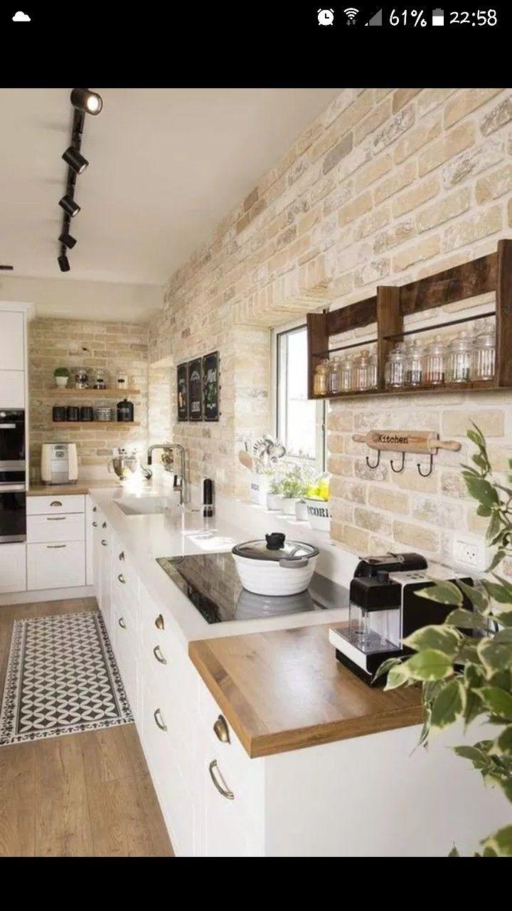 Cuisine mur en pierre kitchen in 2019 agencement cuisine cuisines de ferme modernes - Cuisine mur en pierre ...