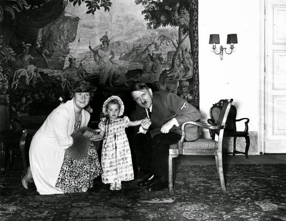 Adolf Hitler with Emmy and Edda Göring, 1940. Emmy was a German actress, the second wife of Hermann Göring.