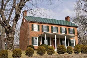 Image Result For Colonial Homes With Metal Roofs Colonial Exterior Colonial House Metal Roof Houses