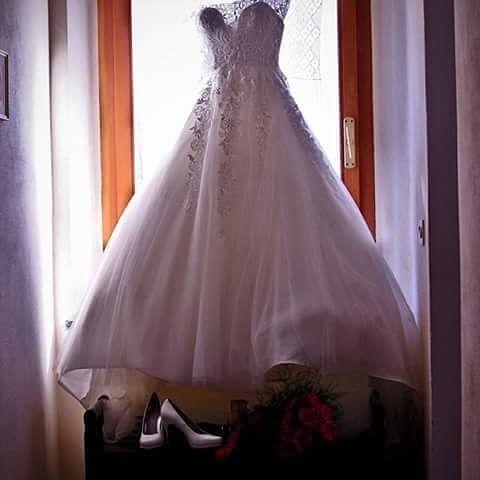 #wedding #particolari #dettagli #composizionimatrimoni #giornifelici #abitodasposa #fotografo #controluce by dj_ciurma