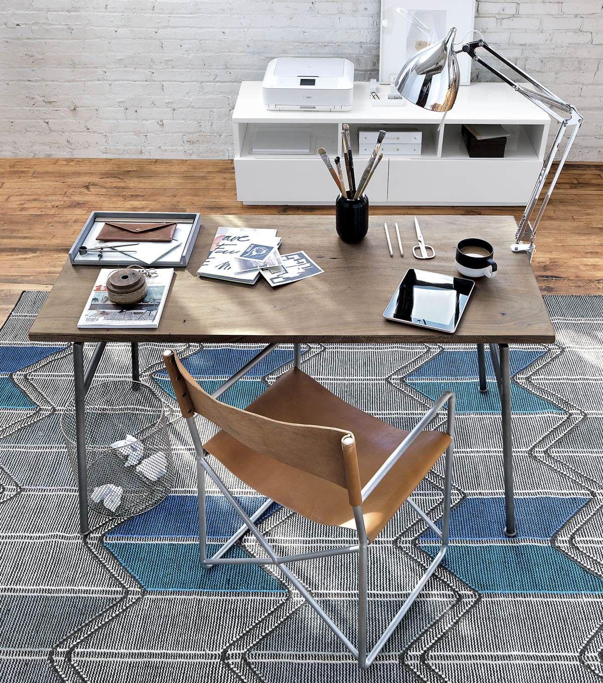 Useful Desk Accessories For Modern Offices With Images Office Furniture Modern Desk Accessories Unique Desks