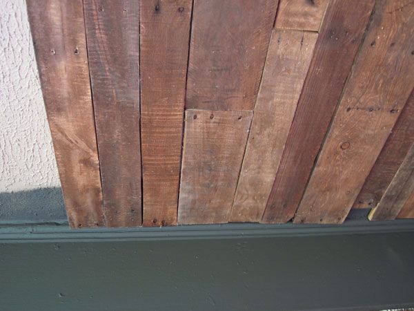 Putting Pallet Boards On A Ceiling | Call It The Peekaboo Pallet Ceiling  Because From A