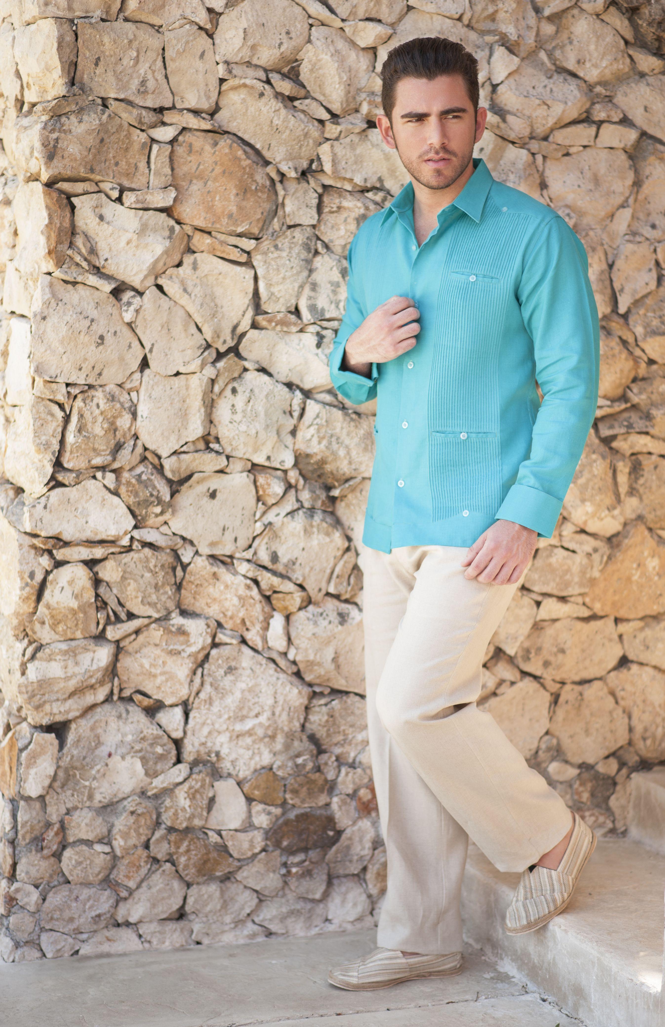 3f9638586c Guayabera presidencial de lino color esmeralda