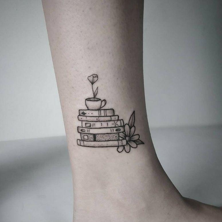 Tatuagem na perna: 60 tatuagens muito curtidas no Instagram -  Tatuagem na perna: 60 inspirações INCRÍVEIS para você escolher a sua  - #curtidas #Instagram #Muito #perna #Tattoo #tatuagem #Tatuagens