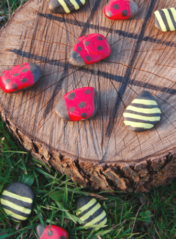Warm weather means plenty of time outside  What better way to bond with your family and friends than by playing some fun games  Spend quality time together crafting and enjoying these awesome activities  Here are 20 DIY outdoor games you   ll absolutely LOVE playing  #kidsgames #outdoors #summer #summerfun #kidscraft #kidscraft #diyhomedecor #garden #ad