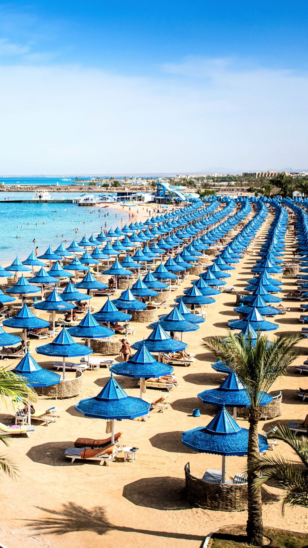 Traumstrand The Grand Hotel Hurghada In 2020 Hurghada Grand Hotel Hurghada Agypten Urlaub