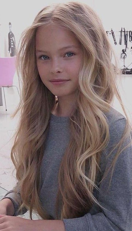 Natural Is Best Beautiful Little Girls Little Girl Models Blonde Girl
