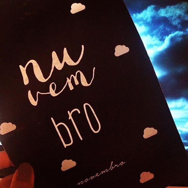 WEBSTA @ sofil88 - Novembro 💙☁️...............#novembro #november #mymonth #omeumês #girlythings #agenda2016 #clouds #nuvens #nuvembro #beagoodmonth #bepositive #behappy #happy #believe #autumn #outono #fall #like4like #likeforlike #sky #ceu #inspiration #inspiração #livelife