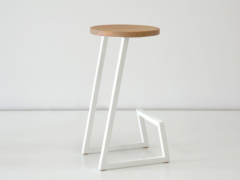 Sgabello poggiapiedi ~ Sgabello basso in legno massello con poggiapiedi corktown