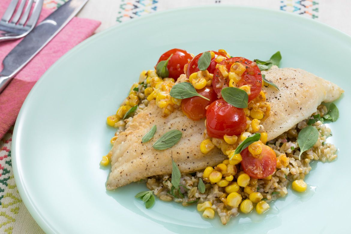 picture Fish Fillets with Saffron, Tomatoes and Corn