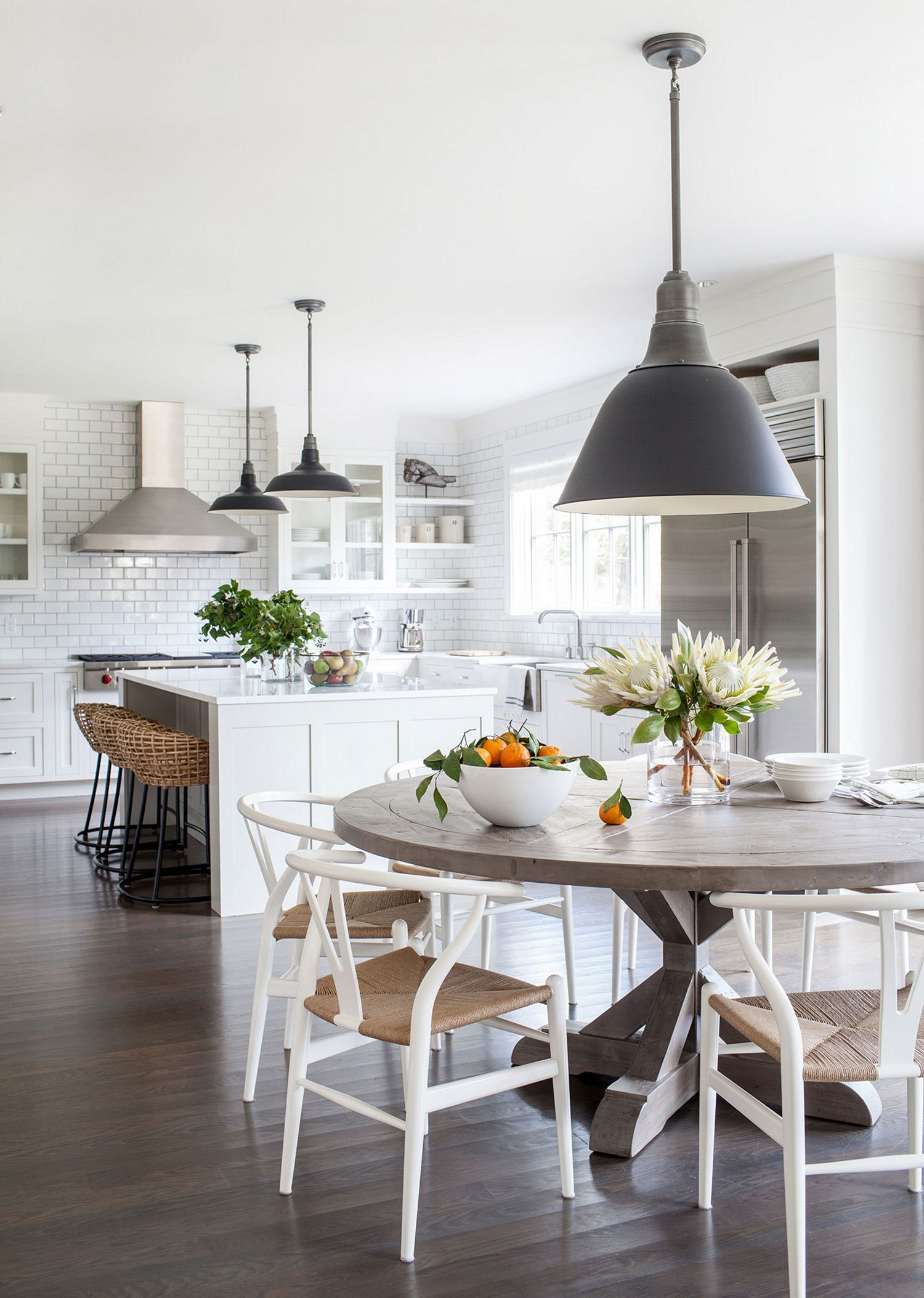 Top 75 Simple And Minimalist Dining Table Decor Ideas Http Goodsgn Com Kitchen 75 Simple And Minimalist Dining T Kitchen Design Home Kitchens Kitchen Remodel