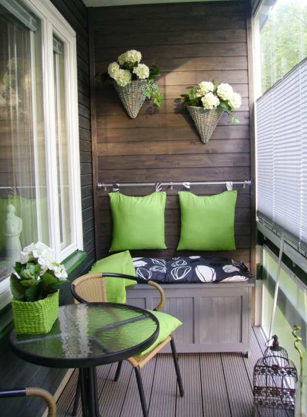 15 superb small balcony designs pinterest small for Tiny balcony ideas