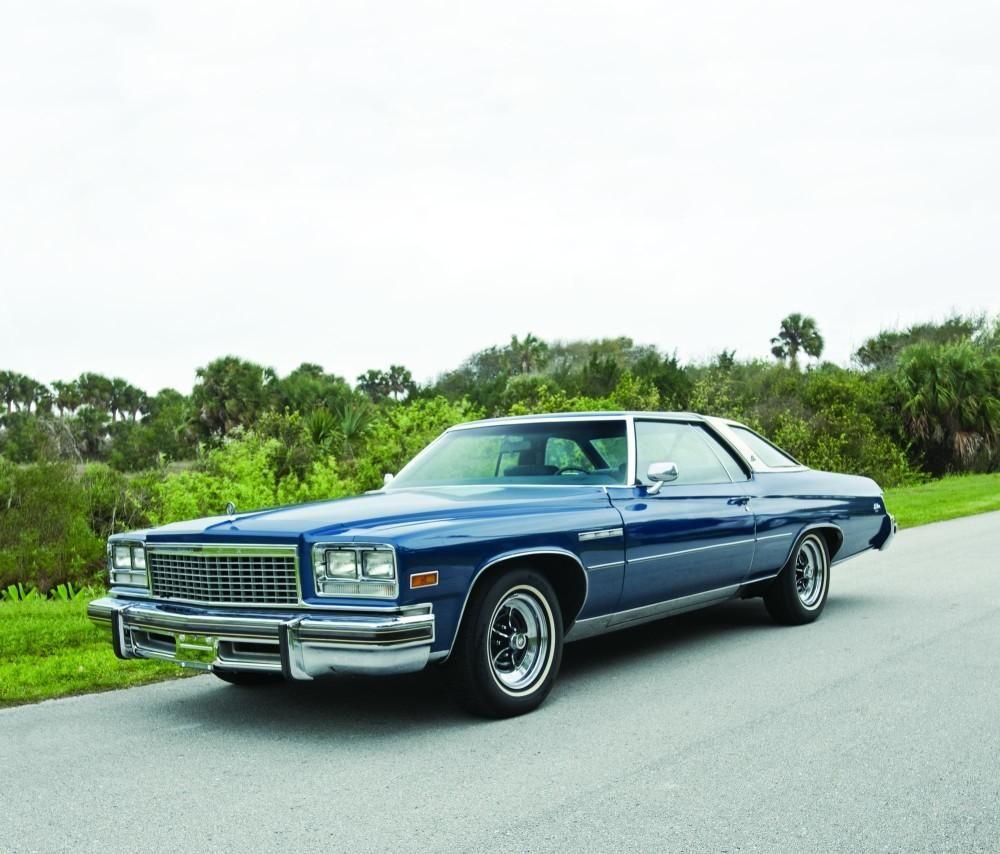 Buick Full Size Car: Bicentennial Beauty – 1976 Buick Le Sabre Custom