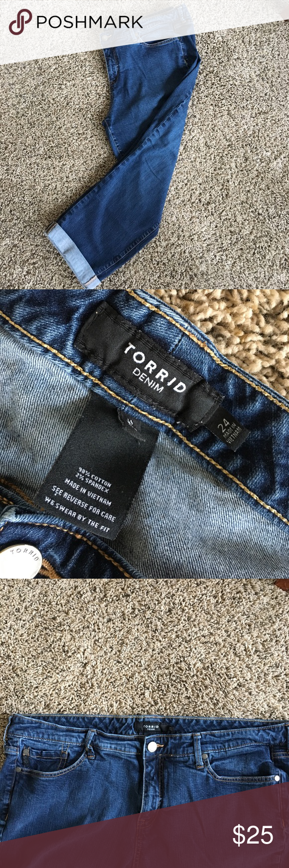 Torrid CROP Sz24 Excellent condition. Cuffed inseam 23 (came cuffed). 98% cotton 2% spandex for the perfect comfy fit. torrid Pants Ankle & Cropped