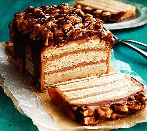 Торт из сникерса своими руками