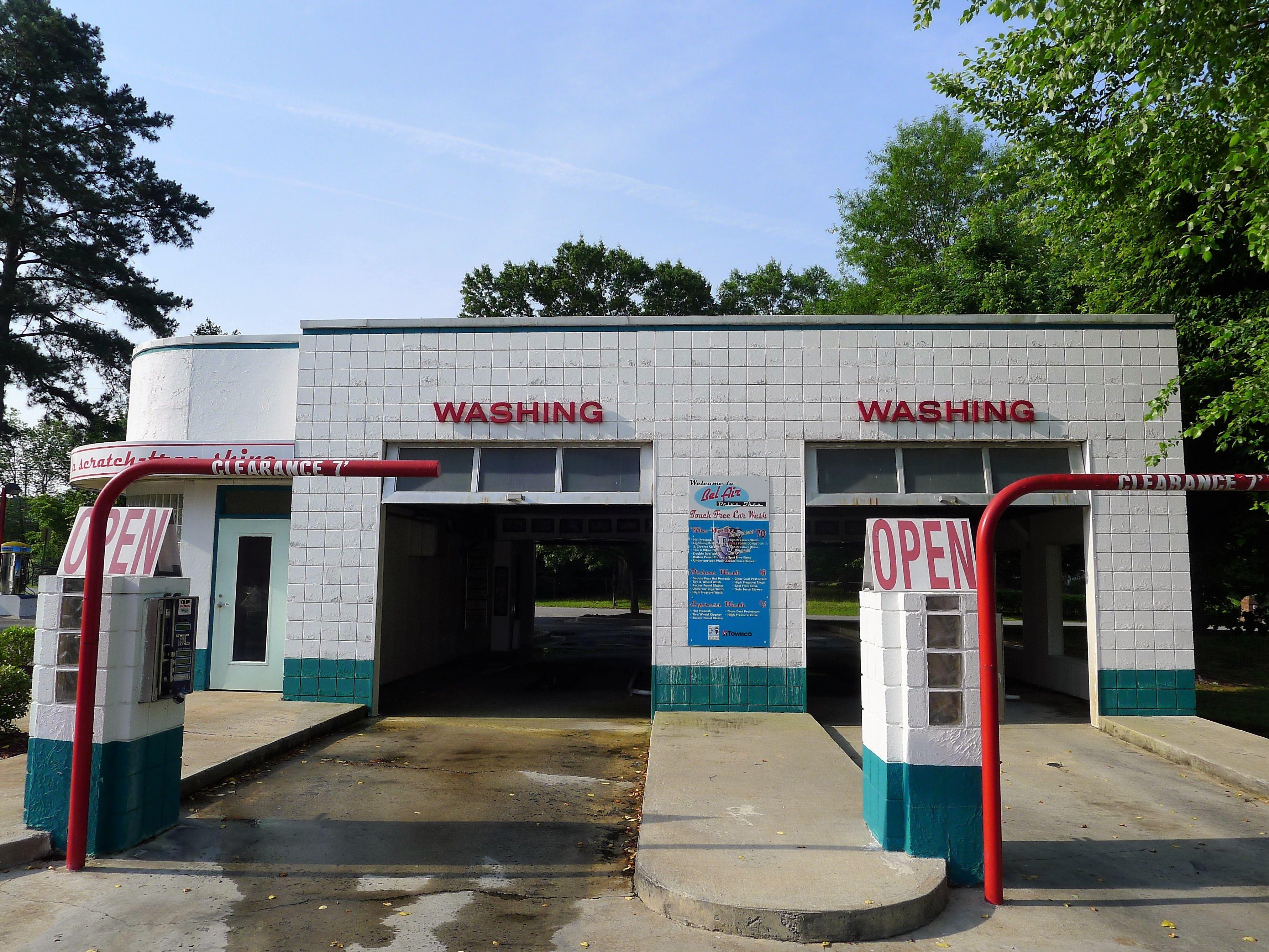 Gas Station With Drive Thru Car Wash >> Retro Drive Thru Car Wash Gas Station Car Wash Gas Pumps