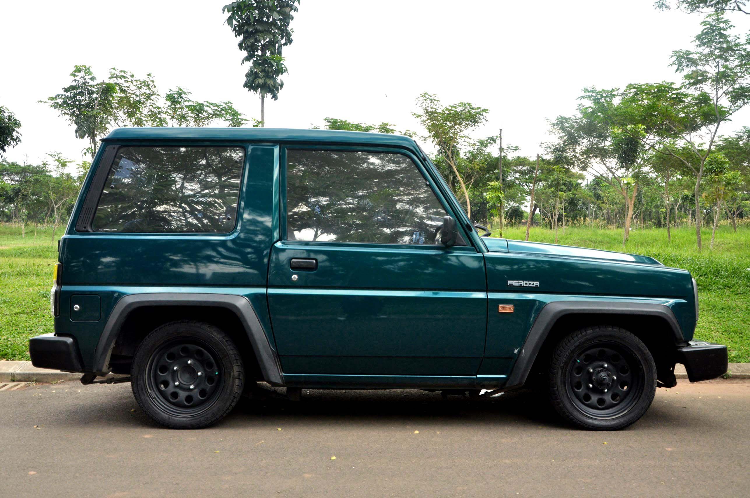 Dijual Daihatsu Feroza 1995 Dengan Gambar Mobil