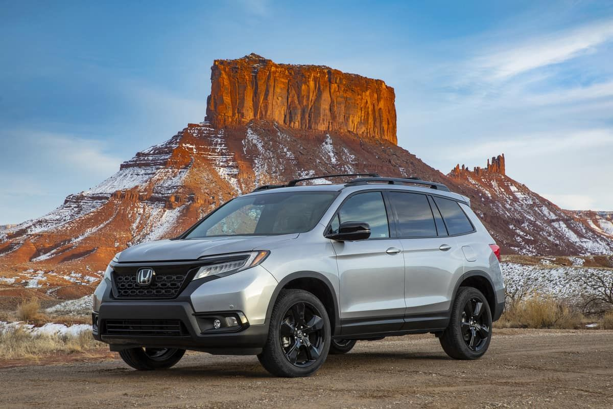 The 2020 Honda Passport And The 2020 Honda Pilot Have Been Named On Car And Drivers Ranking List Of Mid Size Crossover And S In 2020 Honda Passport Honda Crossover Suv