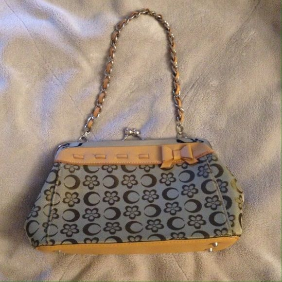 Cute vintage clutch Vintage style clutch/bag.  Great condition and cute fashion bag! Second picture compare size with iPhone 5 case Bags Clutches & Wristlets
