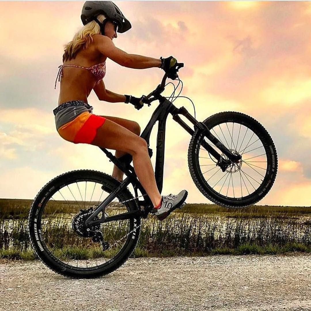 Wheelie Wednesday Girls On Bike Cycling Girls City Bike