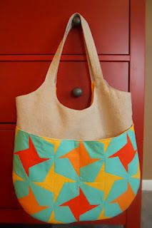 go anywhere bag (party on the back!) by #hoosiertoni pattern by #noodlehead