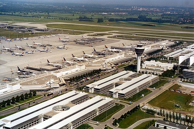 Munich Airport Transfers Munich Airport Taxis Findtransfers Com Munich Airport Airport Transfers Airport