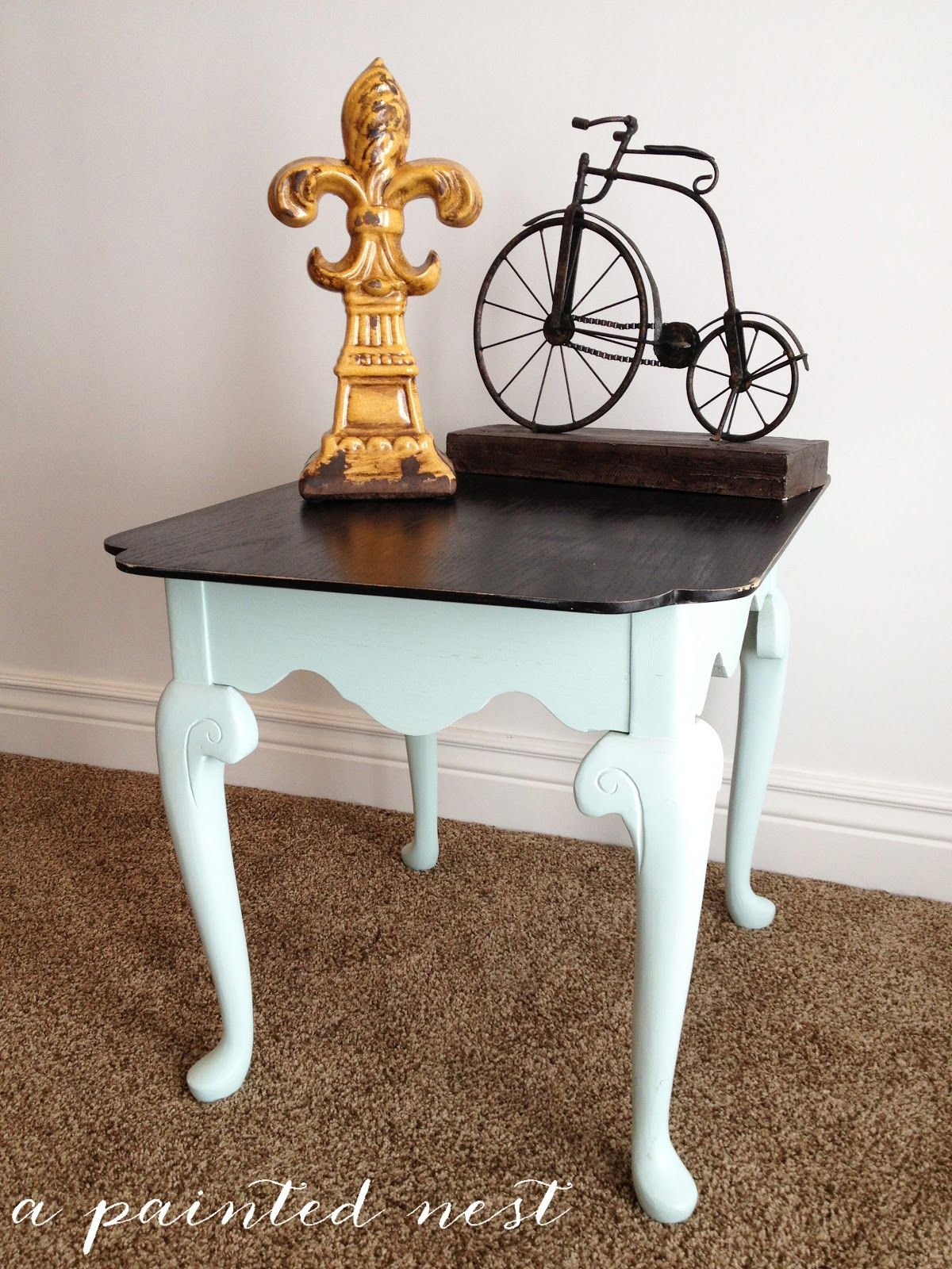 Done Over Decor: 2 Toned Refinished End Table  I Like The White With A Dark  Cappuchino Finish