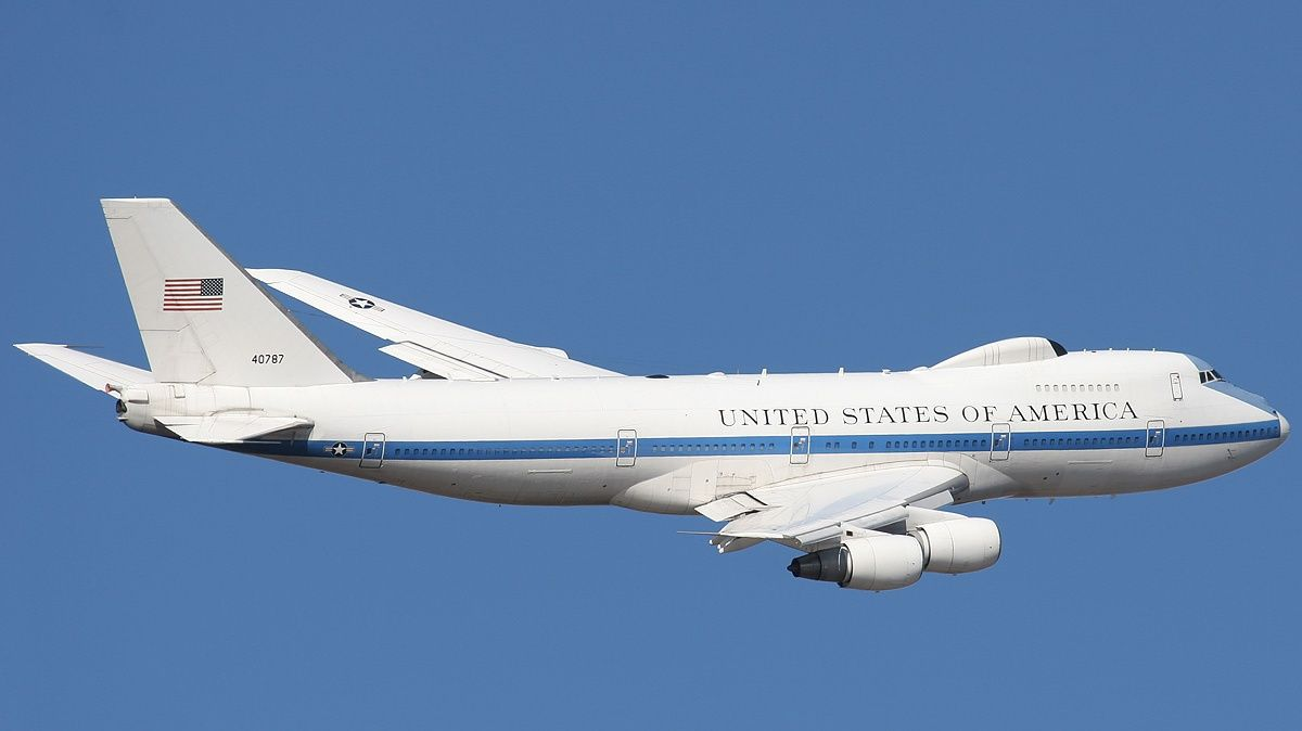 air force one e 4b wallpaper 892 flying machines pinterest air