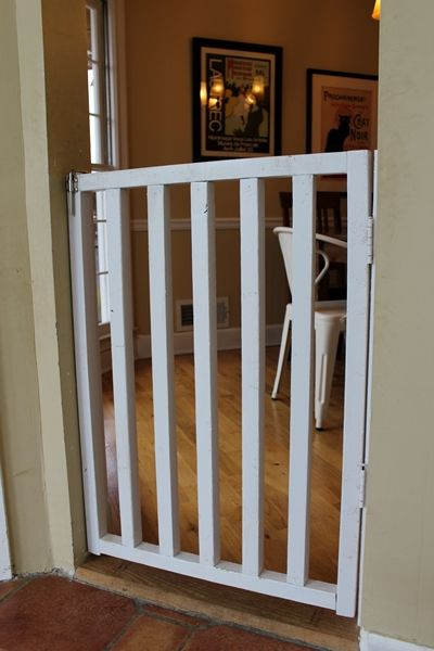 13 Diy Dog Gate Ideas: DIY Wooden Dog Or Baby Gate