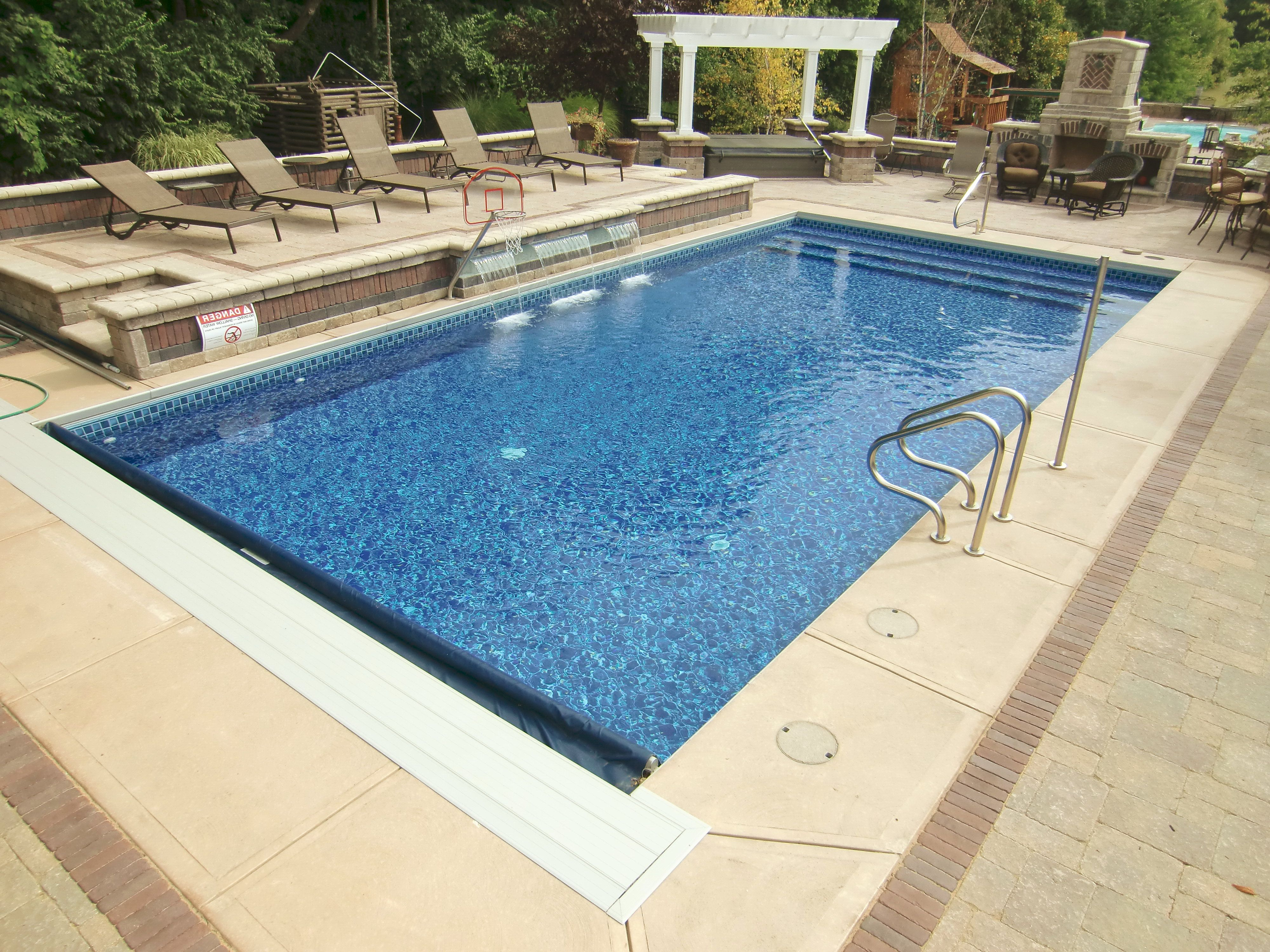 6 Inch Radius Rectangle Pool With Vinyl Over Steps Under Coping Automatic Cover And Fountains Inground Pool Designs Rectangle Swimming Pools Backyard Pool
