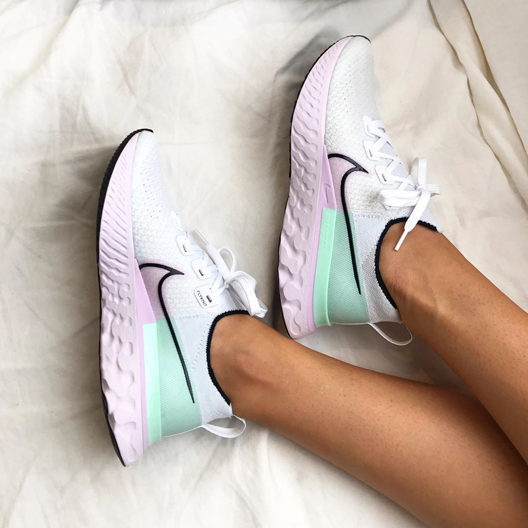 Ladies Nike React Infinity Run Flyknit White Iced Lilac Pistachi For Sale In 2020 Nike Sneakers Cute Shoes