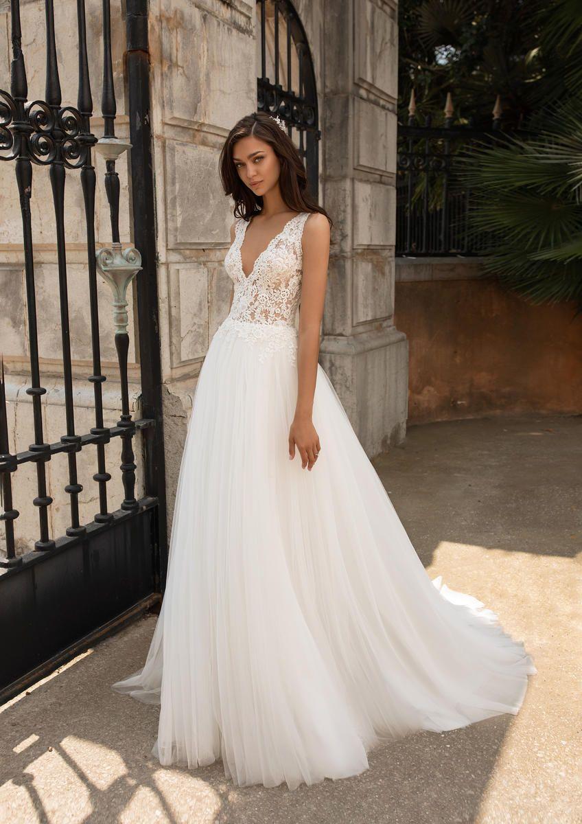 Pronovias Fashion Dalgo Mockingbird Bridal Dallas Tx Bridal Gowns Bridesmaids Wedding Dresses Dallas Texas Pronovias Wedding Dress Pronovias Bridal Wedding Dresses