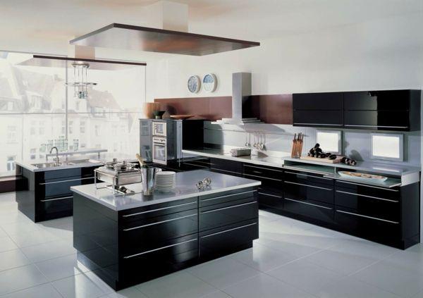 Küche Schwarze Einrichtung Weißer Boden