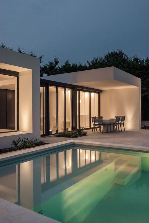 PISCINE \ POOL-HOUSE Architect  Atelier Delphine Carrere Landscape