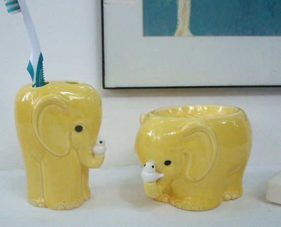 Mid Century Vintage Elephant Bath Accessories Set Soap Dish Toothbrush Holder