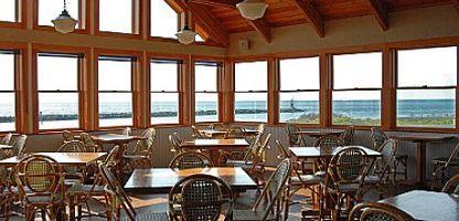 Inlet Seafood Montauk Harbor