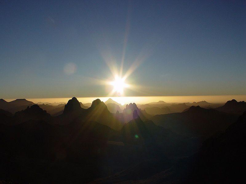 صور شروق الشمس احلي صور وخلفيات للشروق ميكساتك Monument Valley Natural Landmarks Monument