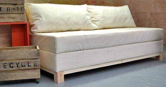 Como Hacer Un Sillon O Sofa Cama Con Baul Paso A Paso Diy Storage Sofa Diy Couch Furniture Plans