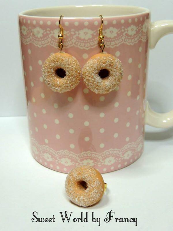orecchini e anello ciambella zuccherosa