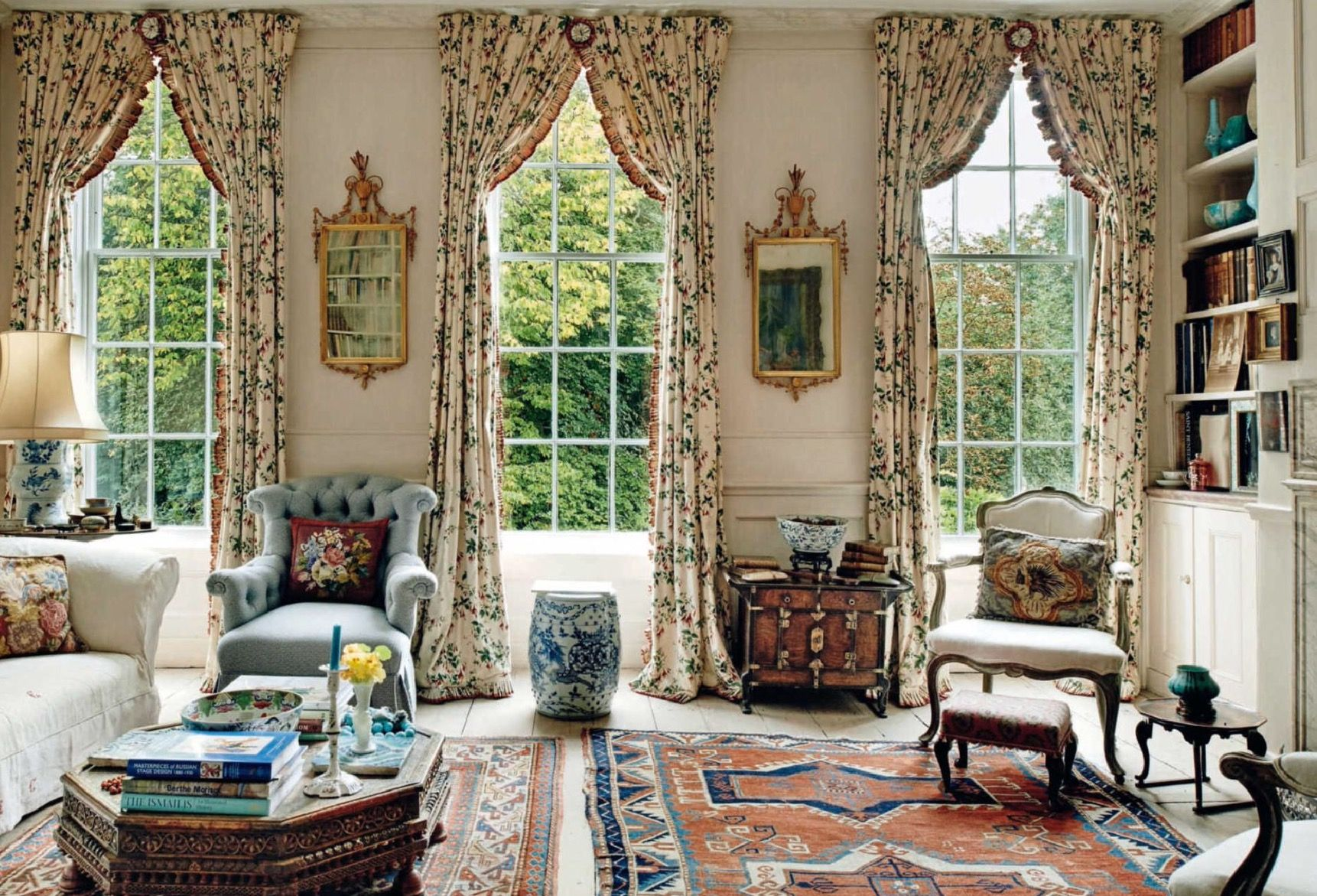 Take A Tour Of The Childhood Home Of Christopher Robin And Pooh Bear English House French Farmhouse Style Country Retreat